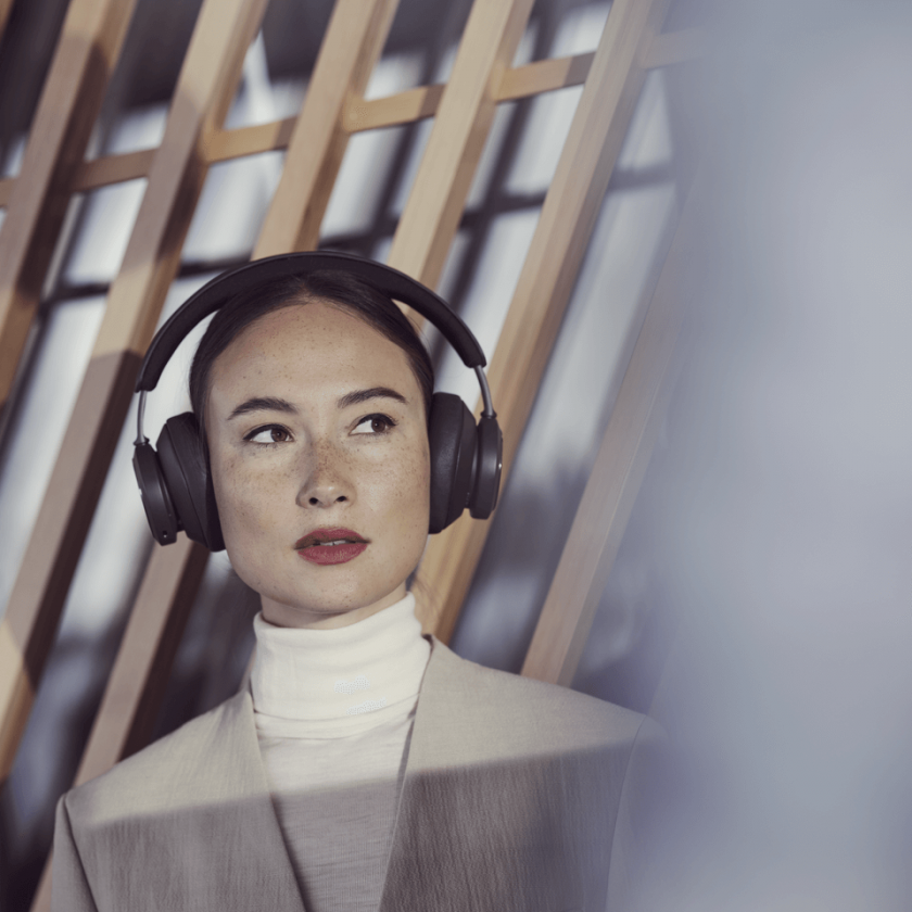 Beoplay Portal 0013